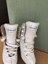 Riedell Figure Skates Little Girl Size 9 Overall Good Condition .