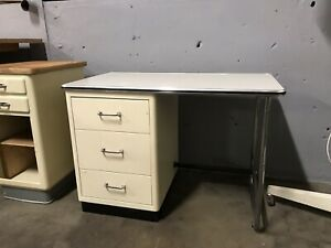 Baisch - Mauser Schreibtisch Arzt Design Loft Stahlrohr