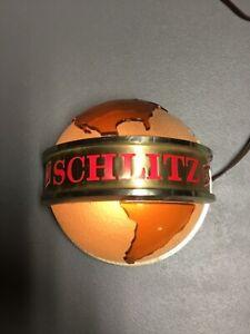 Vintage 1968 SCHLITZ Globe Light, WORKS! GREAT PIECE FOR YOUR BAR!