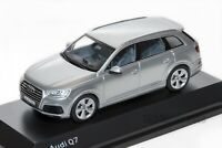 Audi Q7 Silver, official Audi dealership model, 1:43 scale, car gift