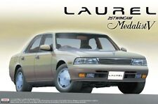 1993 Nissan Laurel C34 Medalist V 1:24 Model Kit Bausatz Aoshima 044131