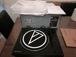 Audio Technica AT-LP3 Turntable Automatic Belt Drive Stereo Rec - No Headshell