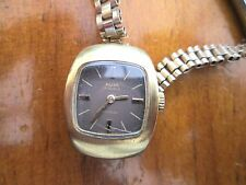 vintage ladies avia, watch, runs ,,,,for restoration,