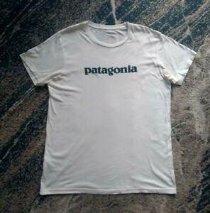 Patagonia L Men's Slim Fit White T-shirt Tee Blue Logo