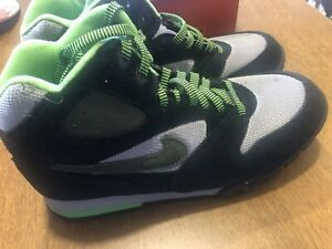 Men's Nike Caldera Hiking Boots- Size 9.5. - New