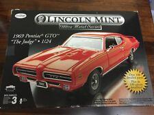 "TESTORS LINCOLN MINT 1969 Pontiac GTO ""The Judge"" 1/24 Model Kit"