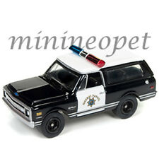 JOHNNY LIGHTNING JLCP7027 1969 CHEVROLET BLAZER HIGHWAY PATROL POLICE CHP 1/64