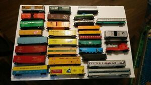 Athearn/Tyco/AHM etc HO Train Lot of 31 Mixed Rolling Stock Freight Cars RTR