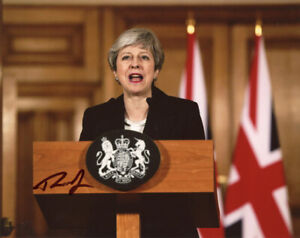 THERESA MAY SIGNED 8x10 PHOTO PRIME MINISTER OF THE UNITED KINGDOM BECKETT BAS