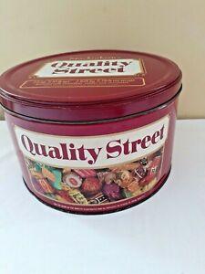 Mackintosh's Quality Street 2.5kg Tin Cake Vintage