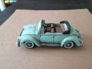 Vw Toy Composite Cabrio Bug collectible 1/24 vvg