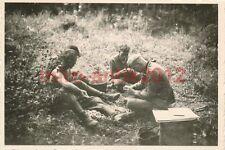 Foto, Wehrmacht, soldati durante la patate pelare (W) 1280