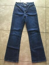 Levi Strauss & Co. 512 Perfectly Slimming Boot Cut Style Women's 8 M (29x31)
