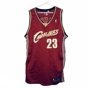 Vintage Reebok Lebron James NBA Cleveland Cavaliers Sewn Jersey Red  Size 54