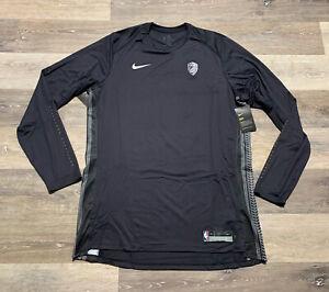 Cleveland Cavaliers The Land Nike NBA Long Sleeve Warm Up Shirt Size XLT XL Tall