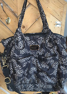 MARC BY MARC JACOBS ELIZA BABY SHOULDER DIAPER BAG WITH CHANGING PAD LONG STRAP