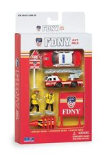 Daron FDNY fire department truck car fire fighter diecast toy play set D19