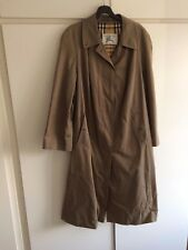 Burberry Heritage Trench Coat. Khaki. Size 18. Perfect Condition