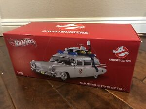Sigourney Weaver SIGNED Celebrity Authentics Ghostbusters Ecto-1 Hot Wheels 1:18