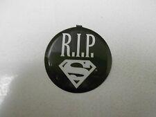 "R.I.P. RIP Death of SUPERMAN 2"" Pin Button NM- 9.2"