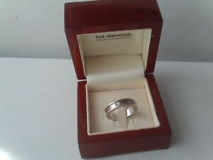 Hot Diamonds 925 Sterling Silver Ring Size P Boxed