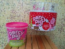 🐷NEW M&S PERCY PIG CHRISTMAS MUSICAL TIN ROTATING PERCY ON ICE+ MINI BITE CAKES