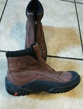 Clarks Muckers Low Zip Waterproof Boots Brown Leather Rugged Sole Mens SZ 7