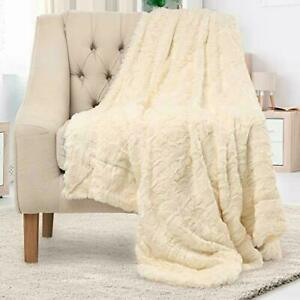 Everlasting Comfort Luxury Faux Fur Throw Blanket - Soft, Fluffy, Warm, Cozy