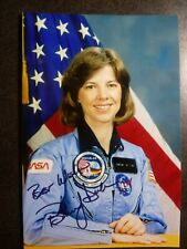 Bonnie Dunbar Authentic Hand Signed Autograph 4X6 Photo - Nasa Astronaut