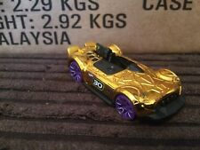 Hotwheels 2017 Monteracer Gold Car