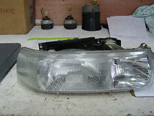 2001 Chevy 2500 Pickup Truck Right Headlight