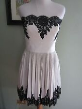 NWT $495 ROBERT RODRIGUEZ WHITE LACE APPLIQUE PLEATED STRAPLESS DRESS Size 10