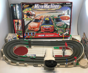 1999 Hasbro Micro Machines Nascar Raceway Play-set~ Incomplete ~See Pictures.
