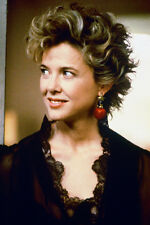 Annette Bening As Myra Langtry In The Grifters 11x17 Mini Poster