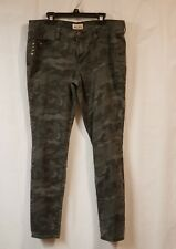MUDD Junior Girl's Camo Jeans Preowned Size 13