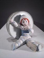 +# A012413_12 Goebel Archiv Muster Ruiz Clown Harlekin vor großer Trommel 11-404