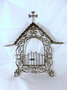 FANTASTIC VINTAGE CHURCH CEMETERY FACADE FRONTSIDE METAL FRAME CROSS Miniature