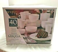Mikasa White Pattern Swirled 40 Piece Bone China Dinnerware Set