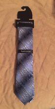NWT Men's Van Heusen Blue Floral Tie