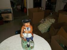 a good fellows pitcher that's 11 1/2 inches tall