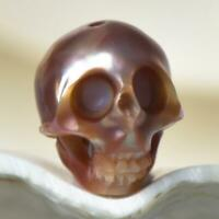 12.05 mm Human Skull Bead Carving Kasumi-like Freshwater Pearl 1.59 g drilled