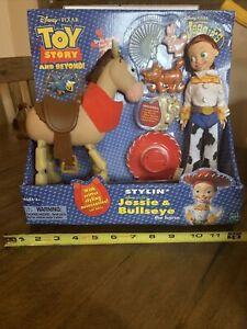 Disney Pixar Toy Story Beyond Stylin' Jessie & Bullseye Hasbro 2002 MIB