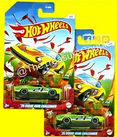 Hot Wheels - Lot of 2 - SPRING DODGE '70 CHALLENGER - D136
