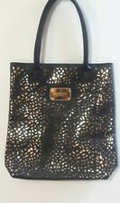 SIGNATURE CLUB A HANDBAG/TOTE - BLACK