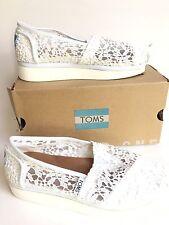 Tom's NIB classic white lace shoes flats $98