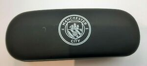 MANCHESTER CITY GLASSES CASE WITH MICRO FIBRE CLOTH HARD TIN SHELL WHITE CREST