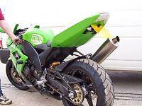 R&G RACING Crash Protectors - Kawasaki ZX-10R 2004-2005  **BLACK**