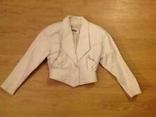 VINTAGE 80'S WOMANS SHORT WHITE VINTAGE LEATHER JACKET BY CHIA SIZE MEDIUM