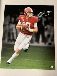Mac Jones Autograph Signed Alabama 16x20 Spotlight Photo Beckett