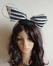 BLACK AND WHITE BOW SINAMAY FASCINATOR RACES WEDDING DERBY DAY MELBOURNE CUP